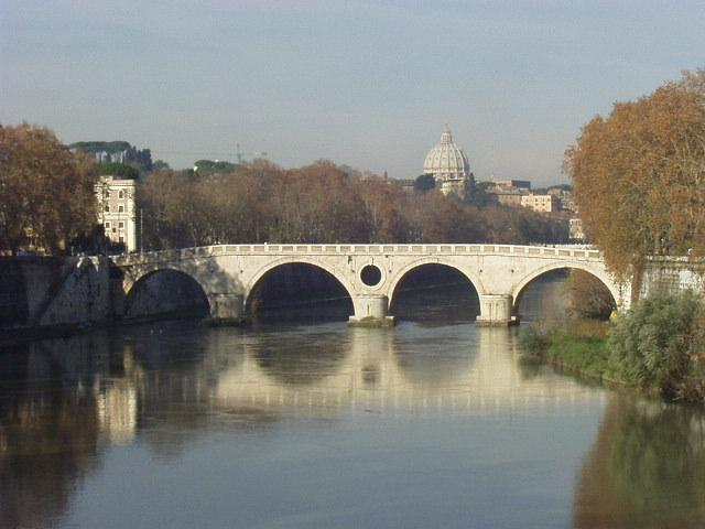 San Pietro from the Tevere