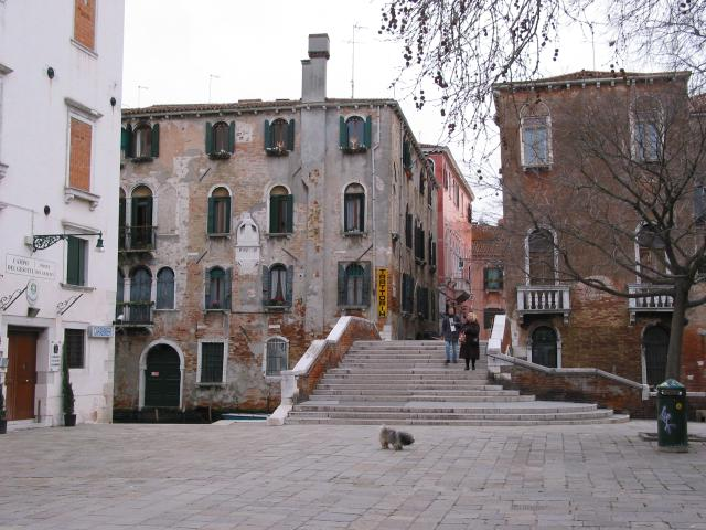 Square and stairs (with a couple and their little dog)