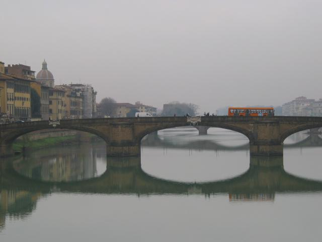 Closer view of photo 0041885_00 (Arno River on a cloudy day), Firenze